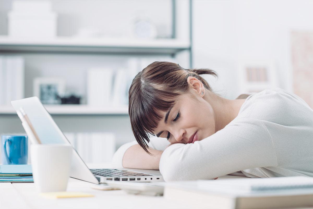 Micro-sieste : Bien se reposer pour continuer sa journée